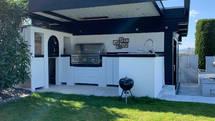 Luxus Outdoor Küche mit Lynx Grill und Pizzaofen (ID:159)