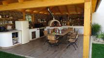 Überdachte Outdoor Küche mit Holzbackofen (ID:162)