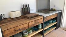 Outdoor Küche aus Holz mit Plancha Grill (ID:190)