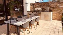 Selbstgebaute Außenküche mit Napoleon Grill (ID:191)