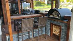 Outdoor Küche mit Pizzaofen und Einbaugrill (ID:210)