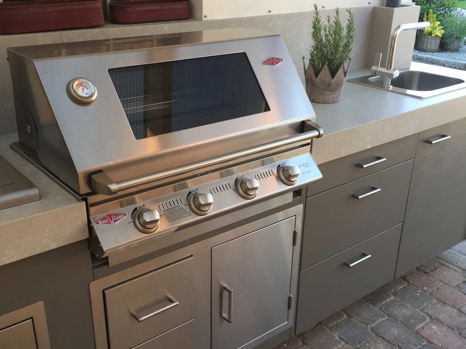 Beefeater Einbautür Für Außenküchen : Beefeater grill im outdoor küchen profi shop