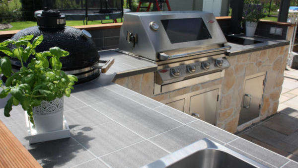 Outdoorküche Tür Preis : Outdoor küche kaufen für garten und terrasse
