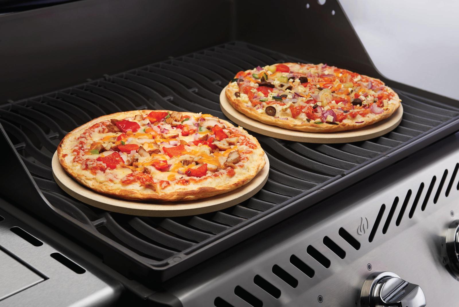 Pizza Grillen Pizza Auf Dem Gasgrill Zubereiten