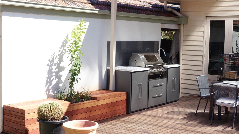Kleine Outdoor Küche : Moderne outdoor küche von fresco frames