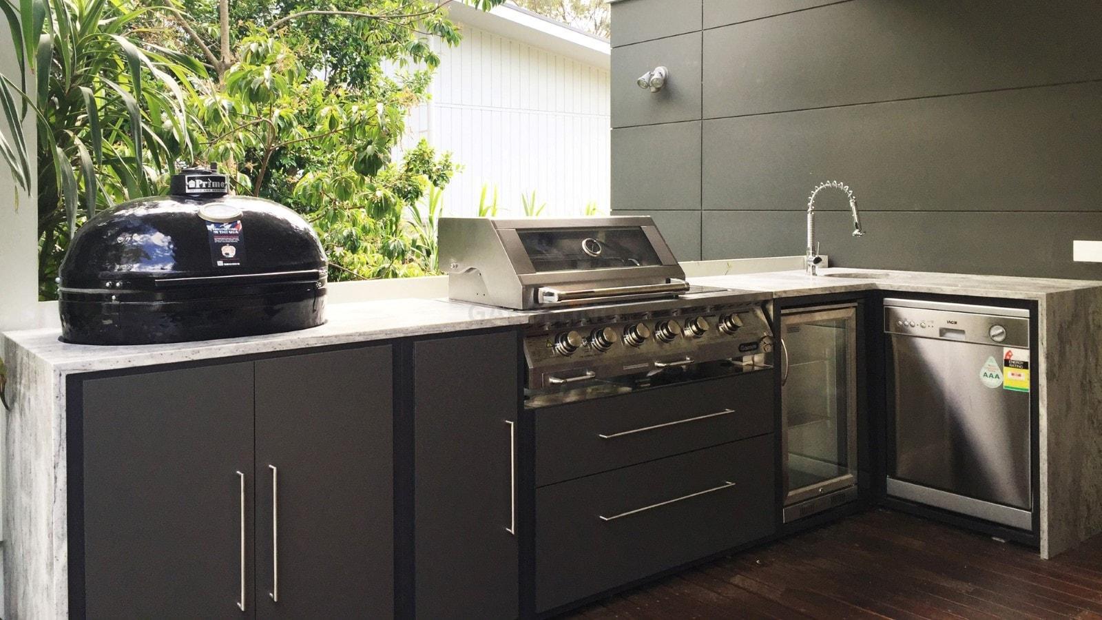 Einbau Gasgrill Outdoor Küche : Landmann outdoor küche graues geflochtenes gartensofa von