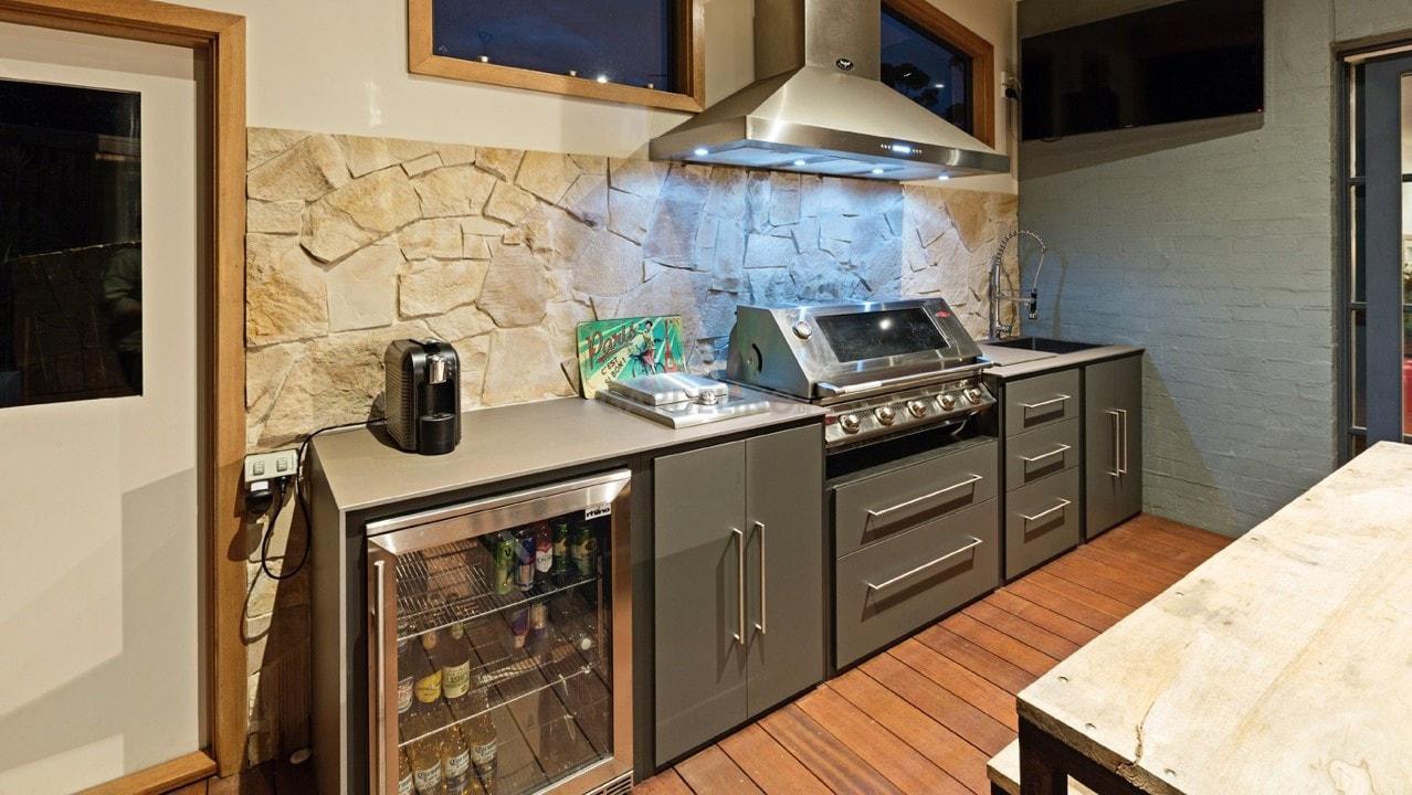 Gasgrill Für Outdoor Küche : Outdoor küche mit gasgrill und brenner utah campingaz gasgrill