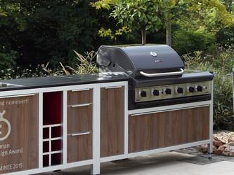 Mobile Outdoor Küche mit Einbau Gasgrill und Spüle
