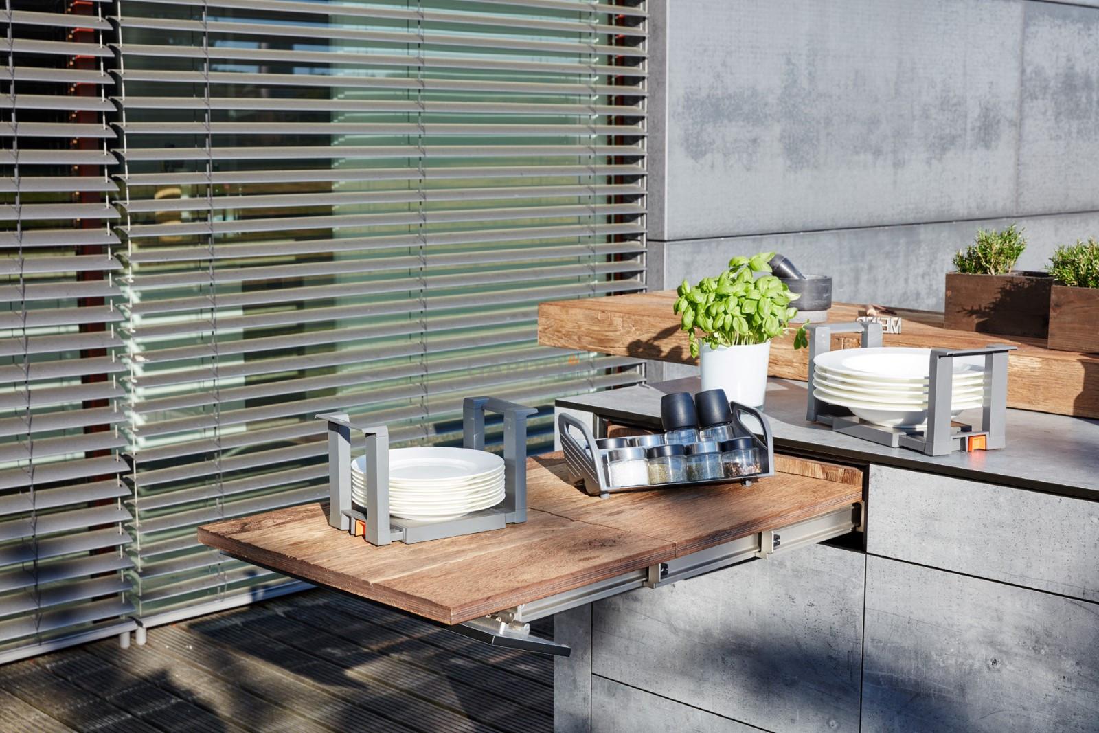 Outdoorküche Tür Preis : Bbqtion outdoor küche von village garden