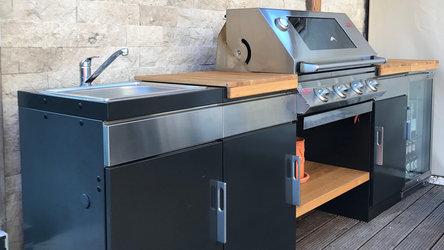 1100E Outdoor Küche mit Beefeater Signature Edelstahl Gasgrill
