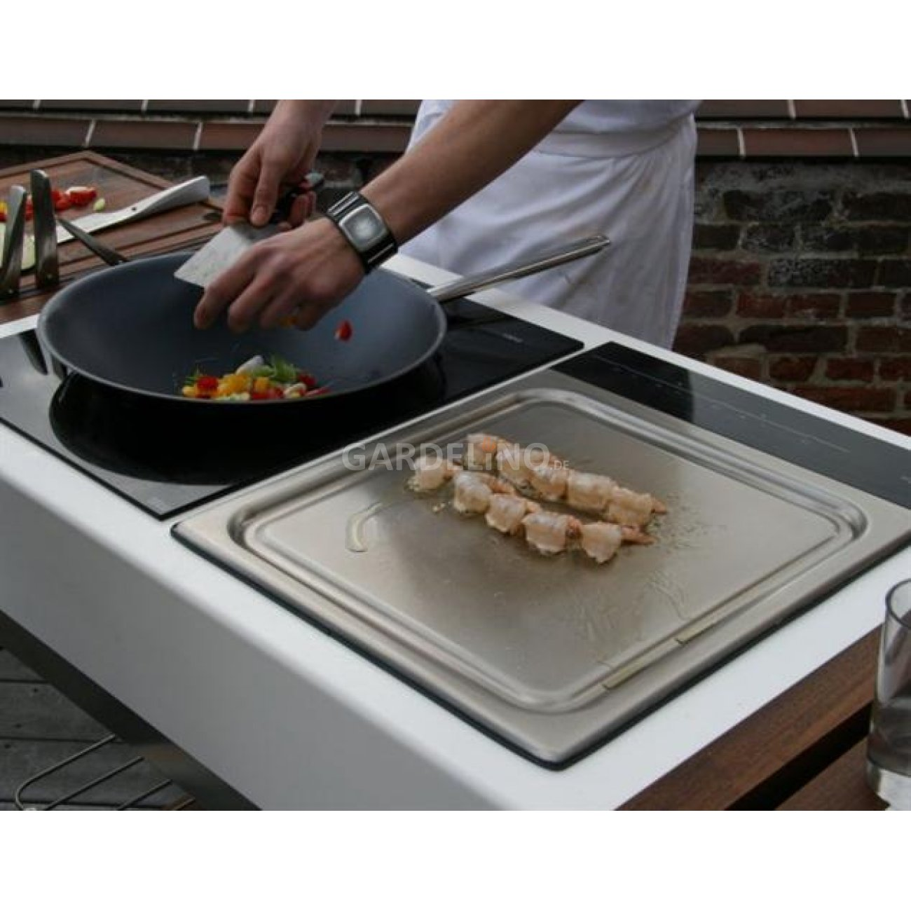 induplus teppanyaki grill in outdoor