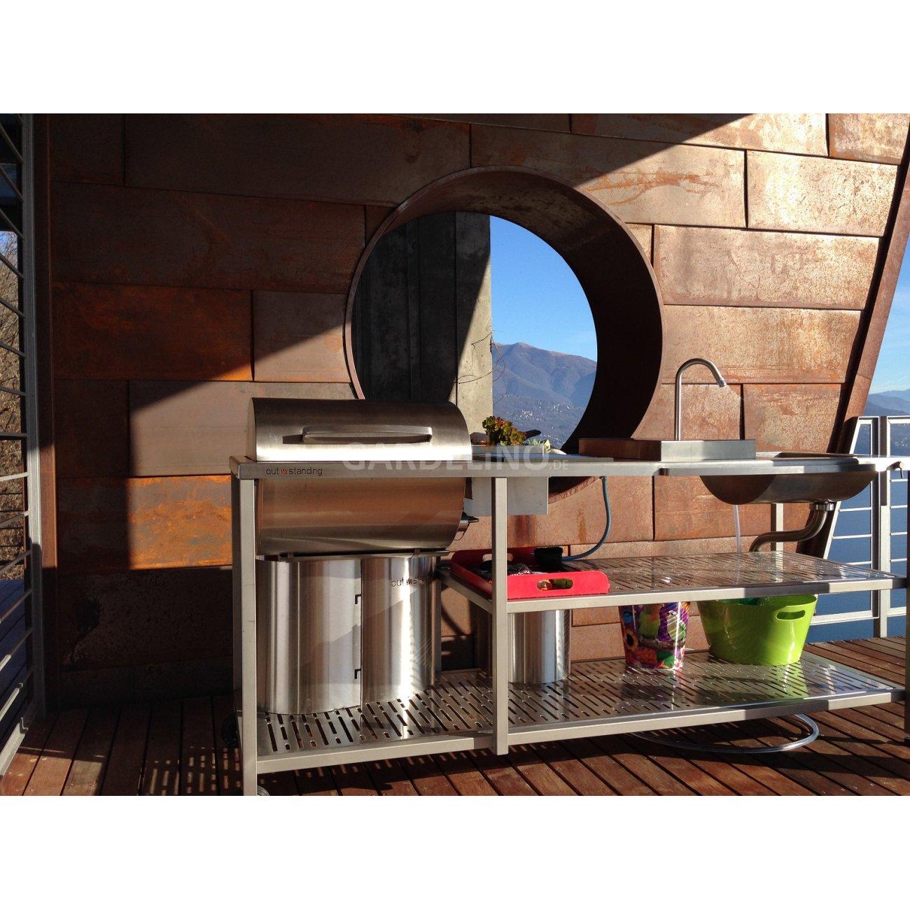 outstanding gartenküche vor wunderschönem panorama
