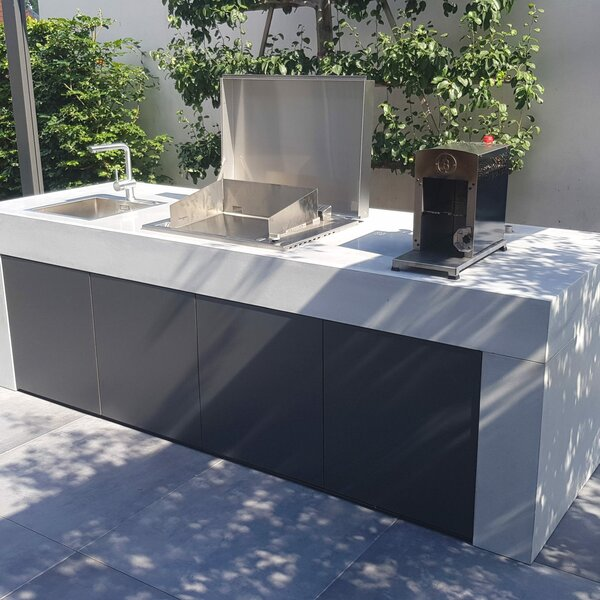 Design-Outdoor Küche aus Beton